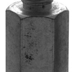 ADAPTOR 5/8 M X M14 F